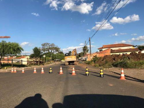 Manilhamento Galeria Pluvial na Avenida Getúlio Vargas