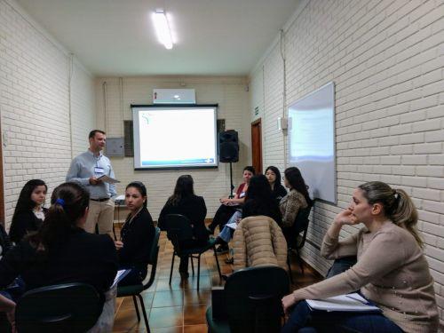 JOAQUIM TÁVORA REALIZA CURSO DE COMPRAS PÚBLICAS