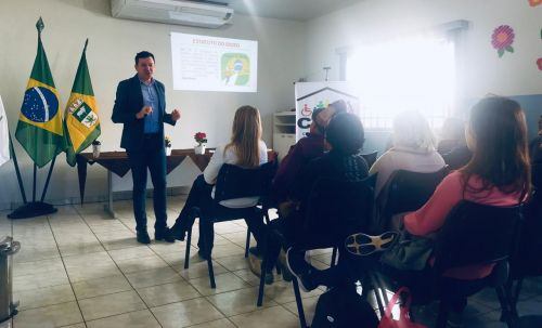 JOAQUIM TÁVORA REALIZA CONFERÊNCIA DO IDOSO