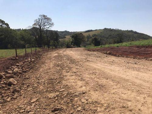 Recuperação da Estrada Rural da Água da Limeira