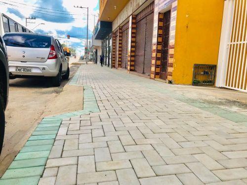 Reurbanização dos Passeios da Avenida Paraná