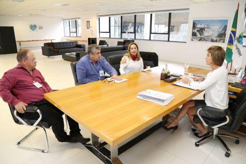 Prefeito Tavorense se reúne com Secretária da Família e Desenvolvimento Social