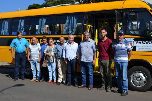 Micro-Ônibus para APAE do Município