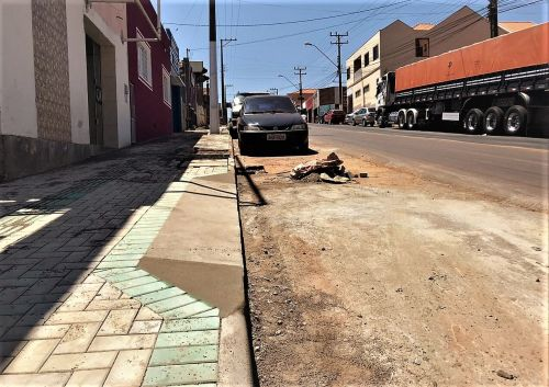 Reurbanização Avenida Parana parte 2