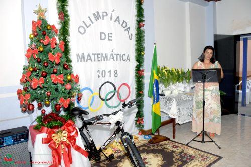 DEPARTAMENTO DE EDUCAÇÃO E PREFEITURA MUNICIPAL PREMIAM ALUNOS VENCEDORES DA OLÍMPIADA DE MATEMÁTICA