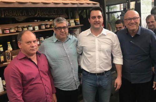 JOAQUIM TÁVORA É CONTEMPLADO COM KITS E VEÍCULO PARA AGRICULTURA FAMILIAR
