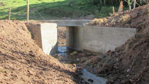 Obra de Ponte Bairro Água Verde