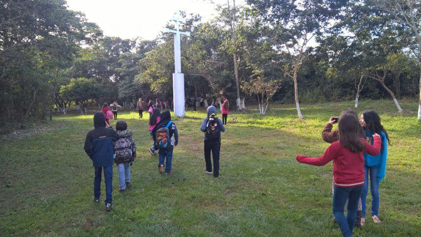 ALUNOS DA ESCOLA MUNICIPAL MONTEIRO LOBATO VISITAM O ENCONTRO DAS ÁGUAS RIOS IVAÍ E PARANÁ