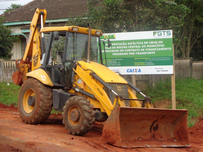 Construtora Derbli retoma obra de pavimentação