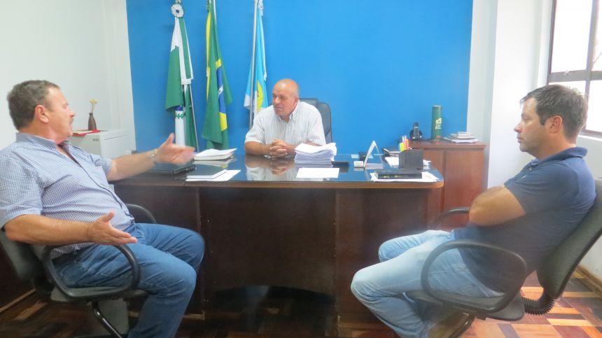 Chefe do Escritório da SEMA visita Fernandes Pinheiro