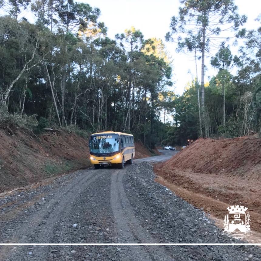 Vistoria nas obras de recuperação de estradas rurais