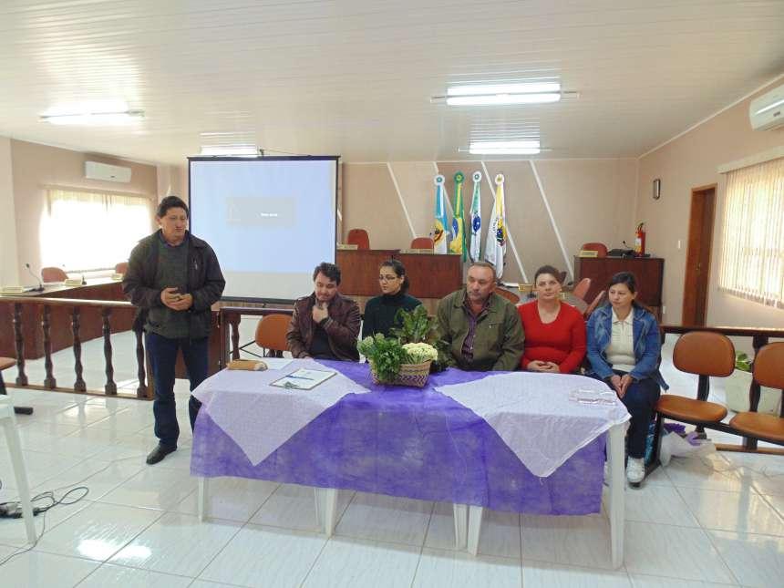 Prefeito Oziel e Secretária Municipal Eliane participaram