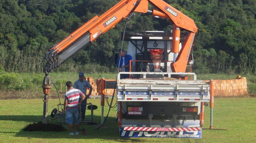 Campo está em construção no Parque da Prainha