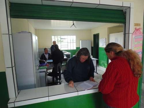 Secretaria da Escola Rural Municipal Presidente Costa e Silva de Assungui- Fernandes Pinheiro-PR