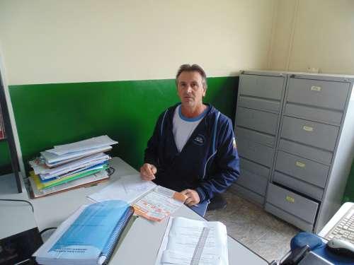 Secretário Escolar Ivalmor Pedro Caragnato