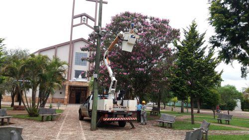 Administração Municipal da continuidade aos Serviços de Iluminação Publica