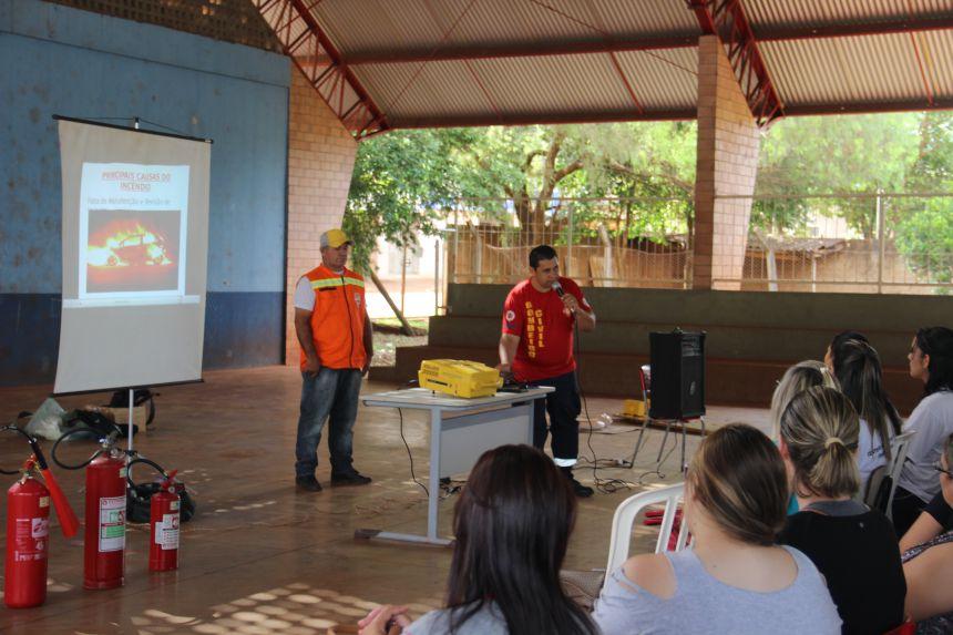 Treinamento para a formação de Brigada de Incêndio e Primeiros Socorros