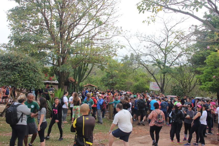 Aproximadamente 400 pessoas participaram da 9ª Caminhada na Natureza - Caminhos da Água Boa