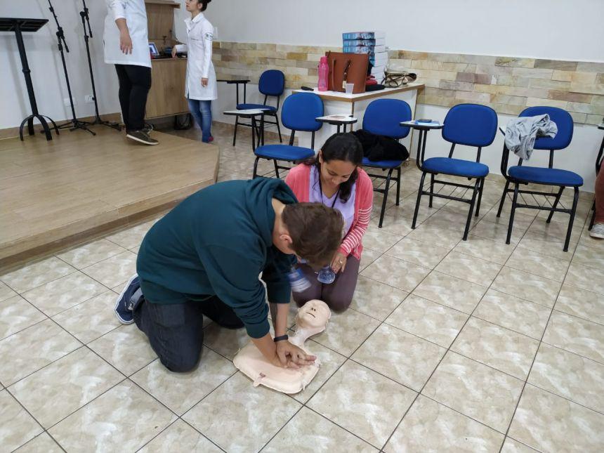 Treinamento de primeiros socorros para ACS