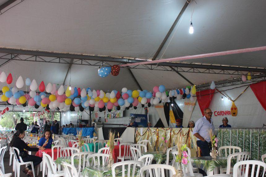 """Projeto que visa uma cidade """"Justa e Sustentável"""" se apresenta na festa da paróquia"""