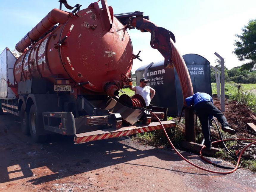Secretaria de Serviço Público inicia atividades com o caminhão de sucção