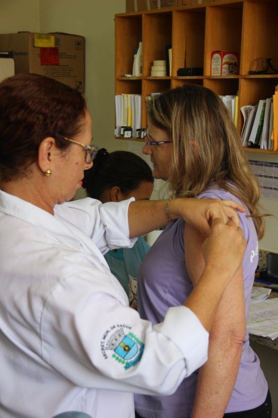 Paiçandu atinge 100% de cobertura do grupo prioritário na Campanha de Vacina Contra Gripe