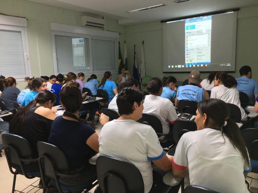 Secretaria de saúde realiza curso para as ACS