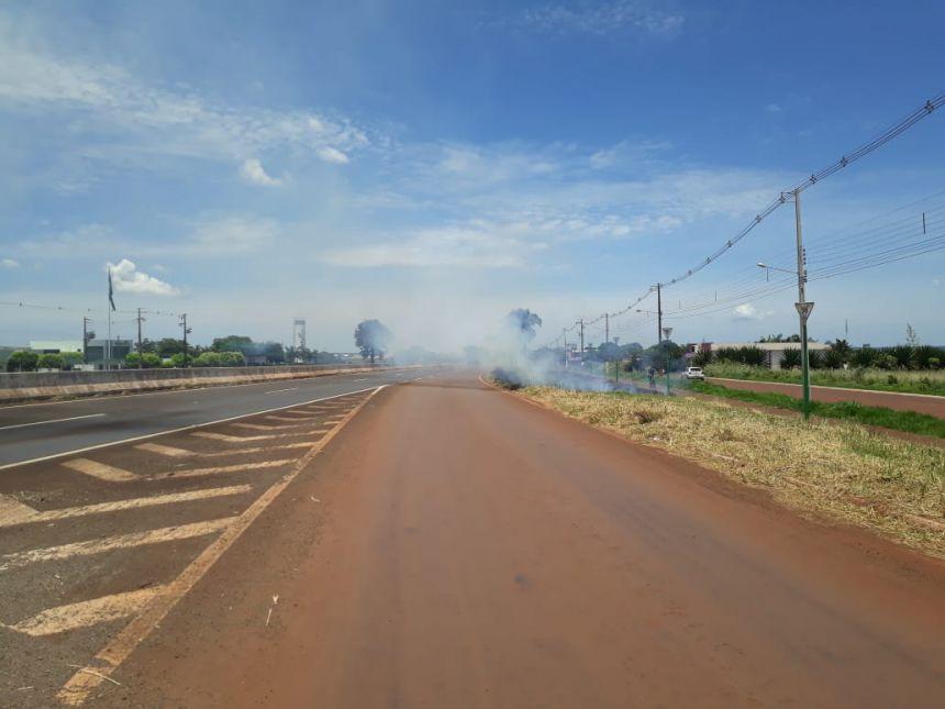 Queimadas nas rodovias aumentam o risco de acidentes