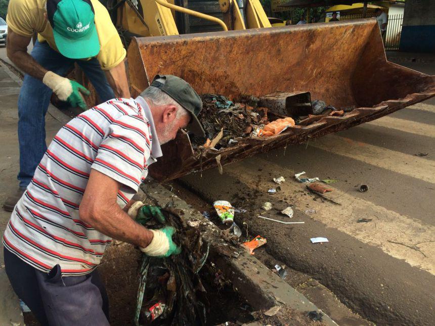 Limpeza de bueiros e população consciente: Paiçandu mais limpa, justa e sustentável