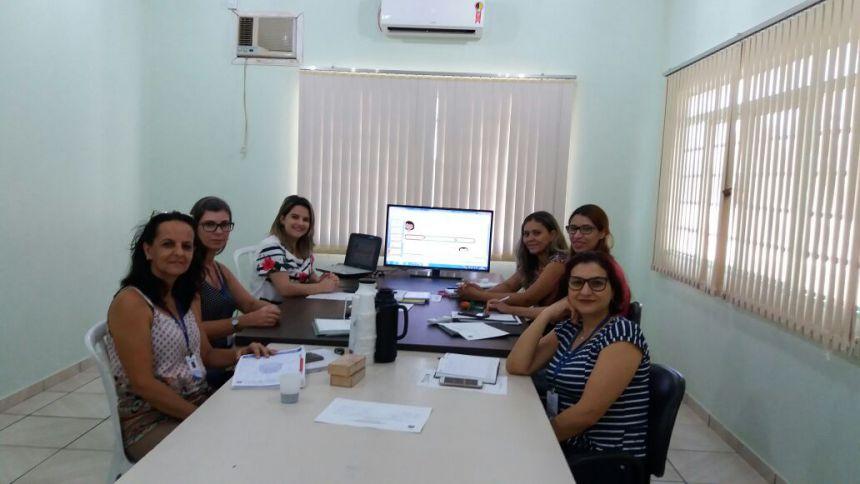 Coordenação Municipal Intersetorial realiza reunião no CRAS