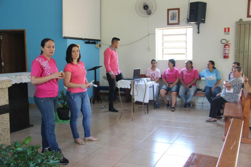 Palestra Outubro Rosa reúne mulheres na Capela São Lucas