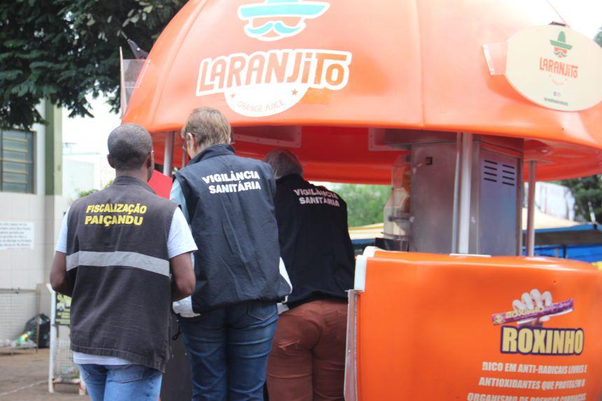 Vigilância Sanitária fiscaliza Feira do Produtor realizada no Jardim Pioneiro