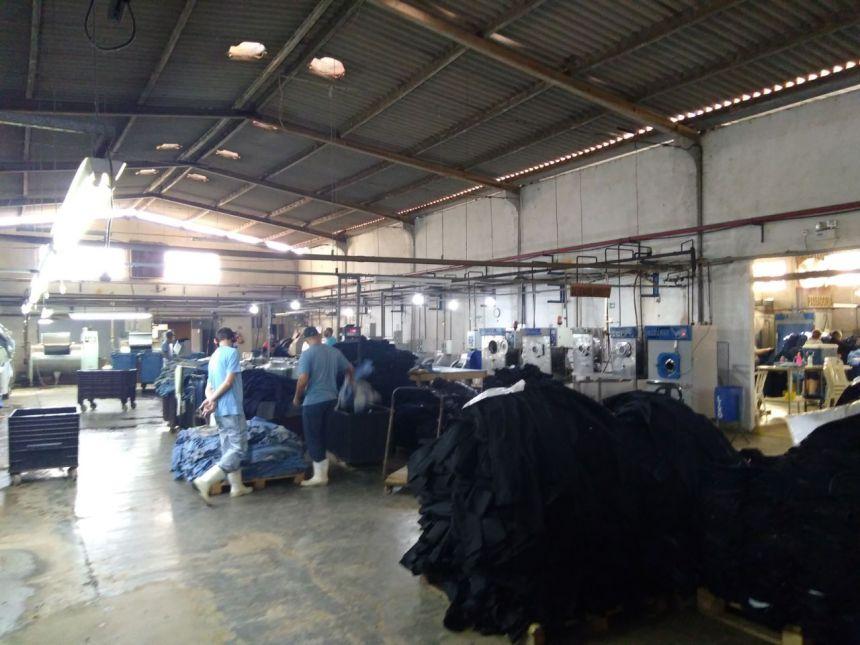 Secretário de indústria e comércio visita lavanderia em Paiçandu