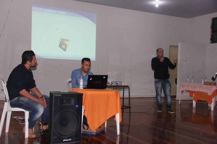Palestra com Sargento Fahur reúne população e autoridades na Casa da Cultura