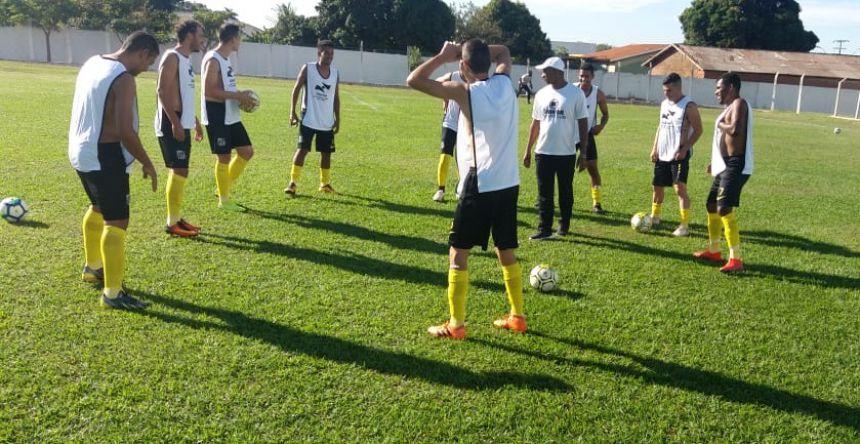 Disputa acirrada na Copa Paraná de Futebol Amador