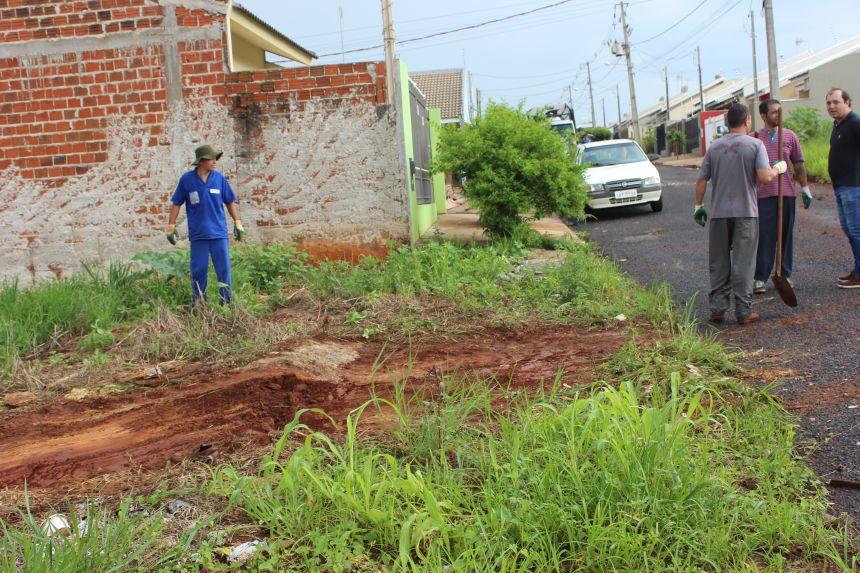 Secretaria de Serviços Públicos realiza mutirão de limpeza