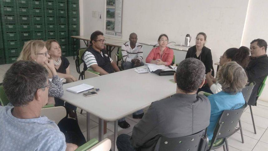 Plano municipal de segurança alimentar e nutricional é debatido na Secretaria de Agricultura