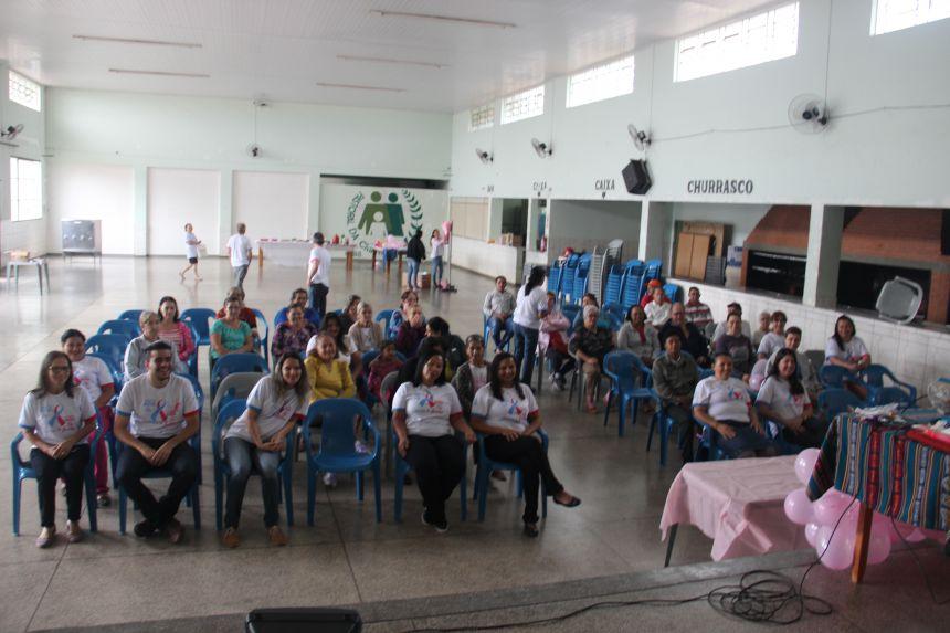 Palestra sobre Outubro Rosa reúne mulheres na Unidade Básica de Saúde do Jardim Pioneiro Novo