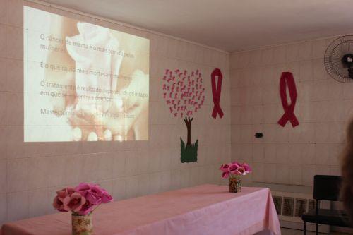 Secretaria de Saúde realiza palestra sobre Outubro Rosa no CAPS