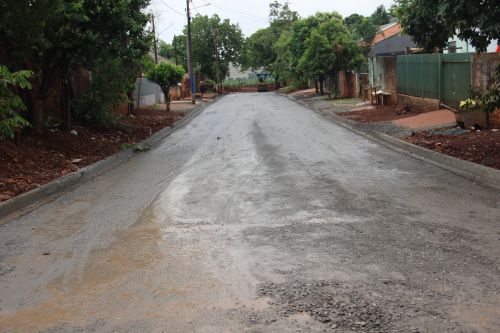 Pavimentação no Jardim Santa Monica irá beneficiar aproximadamente 350 pessoas