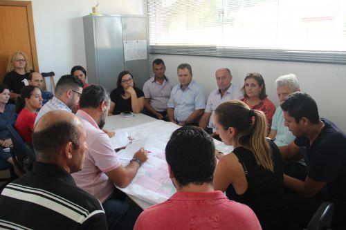 Membros do Concidades se reúnem para discutir as principais pautas da cidade