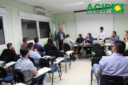 Secretário de assistência social participa de reunião na ACIP