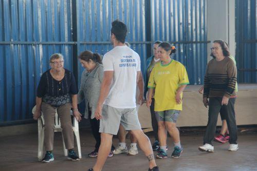 """Secretaria de esporte e lazer realiza oficina com o grupo """"Viver Melhor"""""""