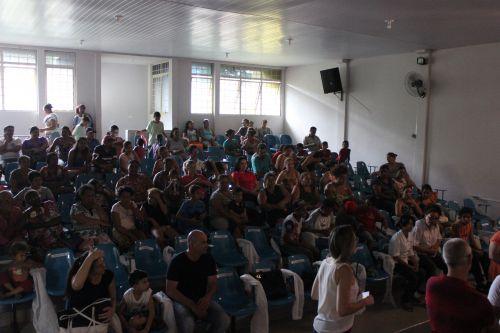 """Secretaria de Assistência social apresenta a exposição de arte: """"Seja Luz"""""""