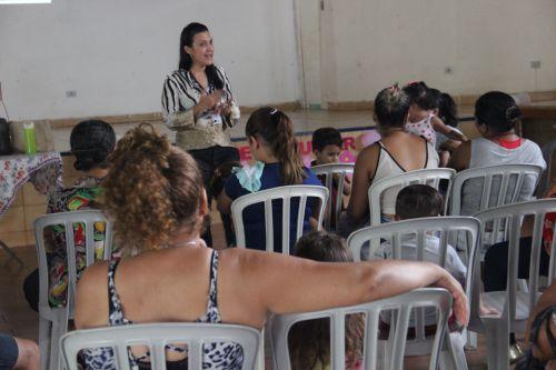 Secretaria de saúde realiza palestra sobre saúde da mulher
