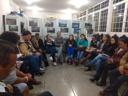 Grupo de Leitura Machado de Assis realiza terceiro encontro