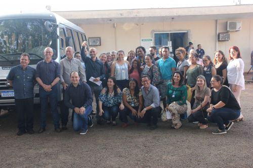 Entrega de veículos para a Assistência Social
