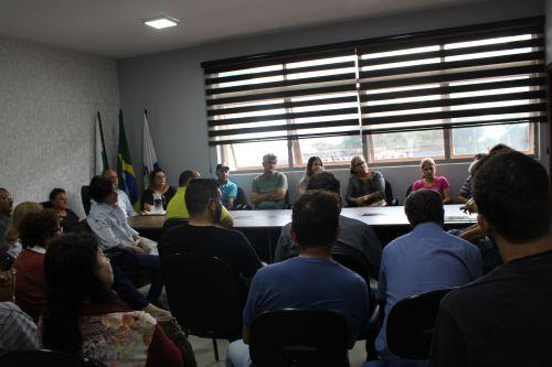 Prefeitura de Paiçandu cadastra agricultores para Programa Nacional de Habitação Rural