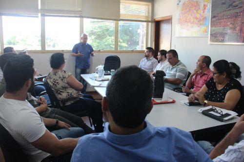Secretários municipais recebem apresentação do projeto eSocial