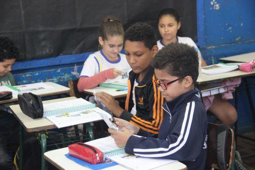 """Prefeitura começar a realizar distribuição dos kit de """"Saúde Bucal"""" nas escolas"""